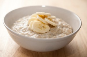 http://www.chewonthatblog.com/2011/01/03/oatmeal-recipes-tips-for-national-oatmeal-month/